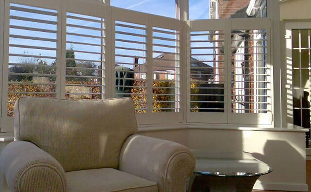 Shutter empire shutters in altamonte springs for Interieur shutters